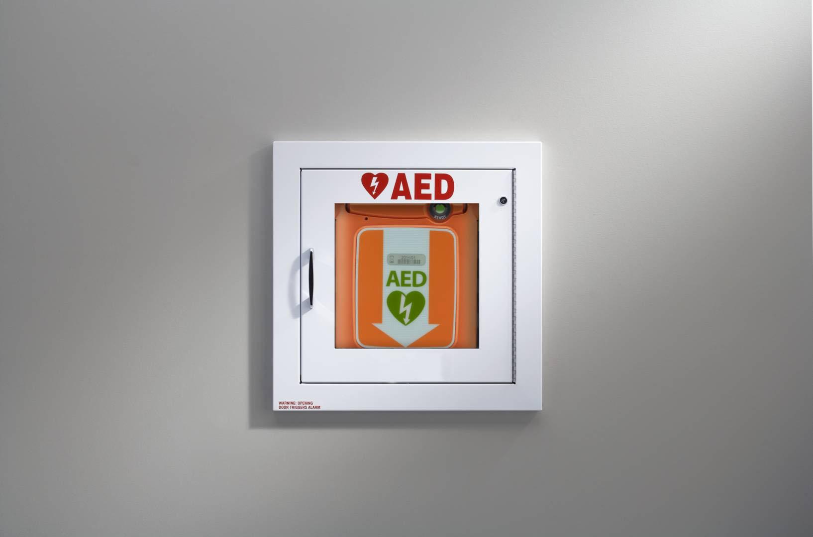 location défibrillateur automatique externe (DAE) connecté locacoeur